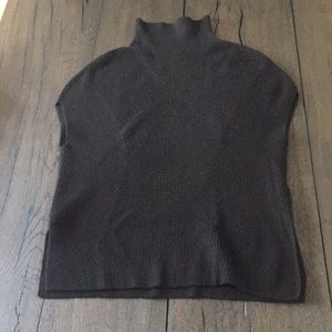 Vince black cashmere and wool sweater xs